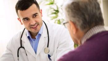 Numerus clausus, assistants médicaux… Ce qu'il faut retenir du plan santé d'Emmanuel Macron