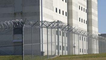 REVUE DE PRESSE – Dents, addictions, maladies : plus de 200 détenus passent chaque jour à l'unité de soins de Bois-d'Arcy