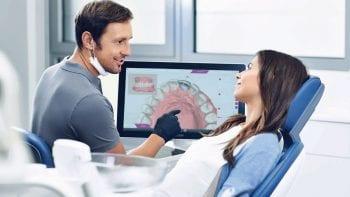 Logiciel CEREC Ortho 2.0 : une simulation de traitement effectuée directement au fauteuil, pour une communication optimale avec le patient