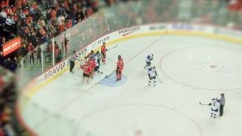 Hockey sur glace : il perd neuf dents lors d'un match…